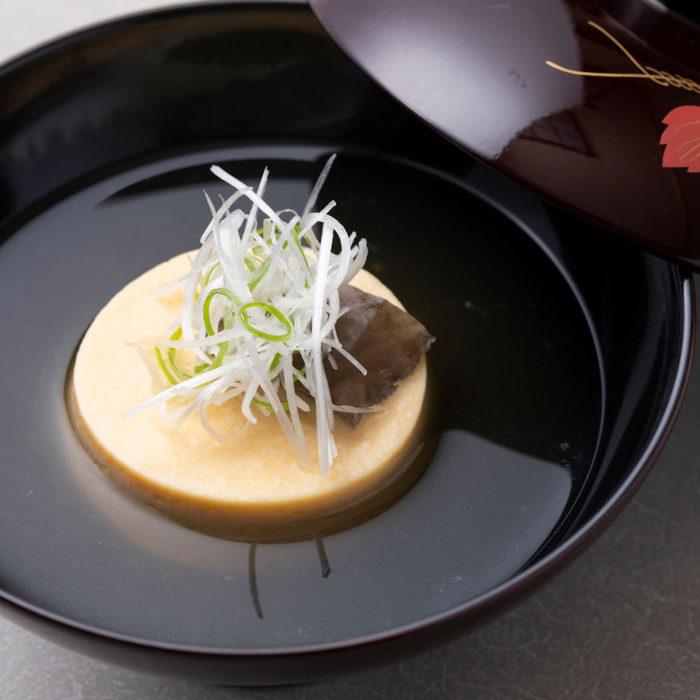 名月豆腐のお椀